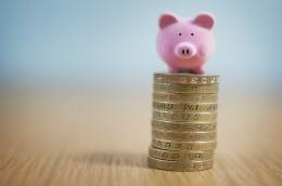 Piggy bank_114612430