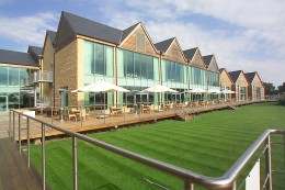 Cotswold Water Park Four Pillars Hotel_Exterior & Deck