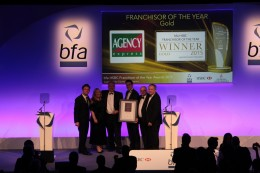 Agency Express collect their award