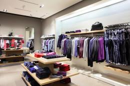Retail store_134166194