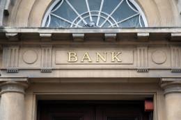bank_128318117